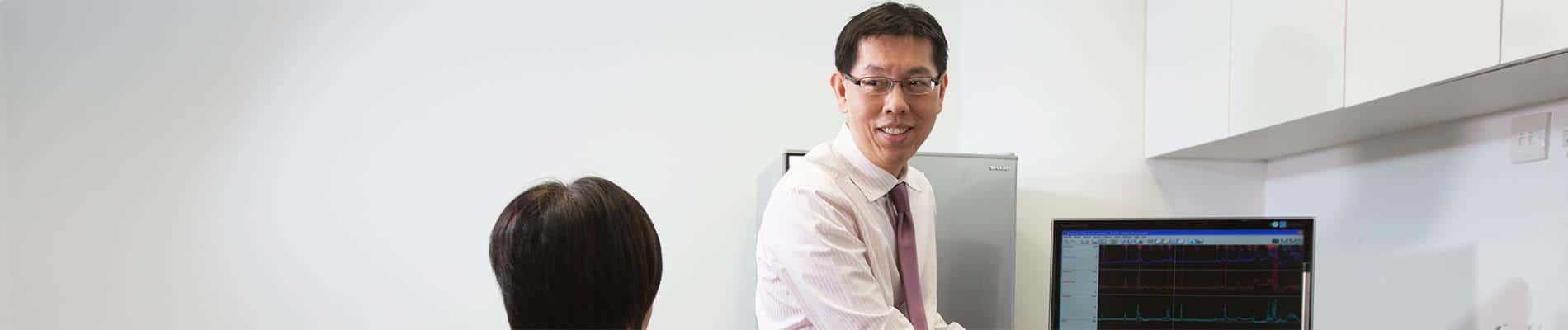 Dr James W S Lee